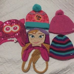 Girl Beanies all in good condition